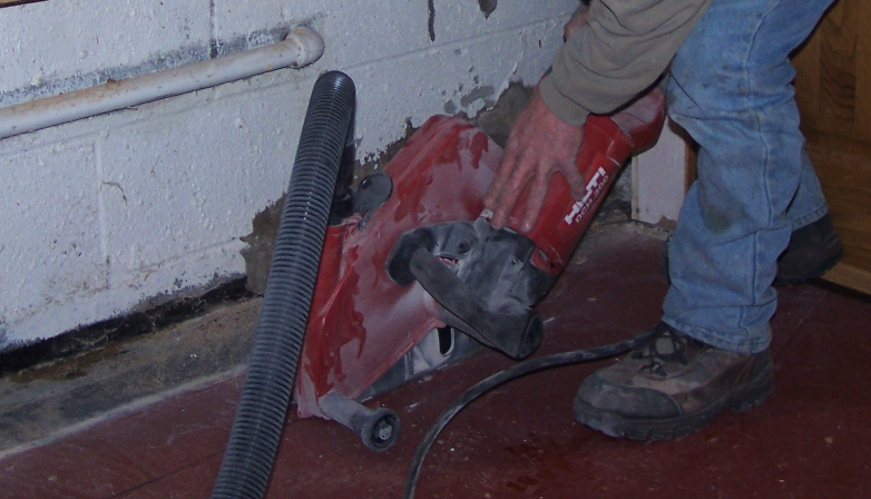 Dry Sawing the Concrete Floor